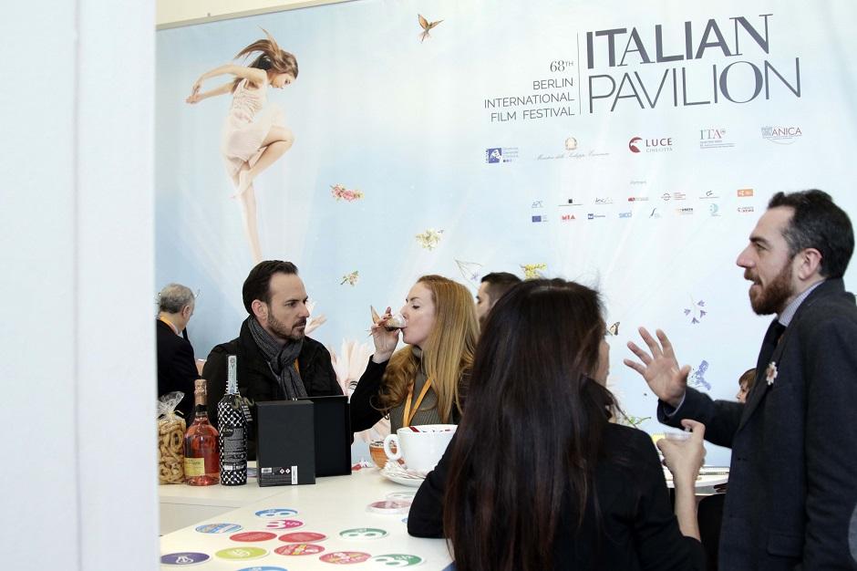 caffe-aiello-italian-pavilion-2