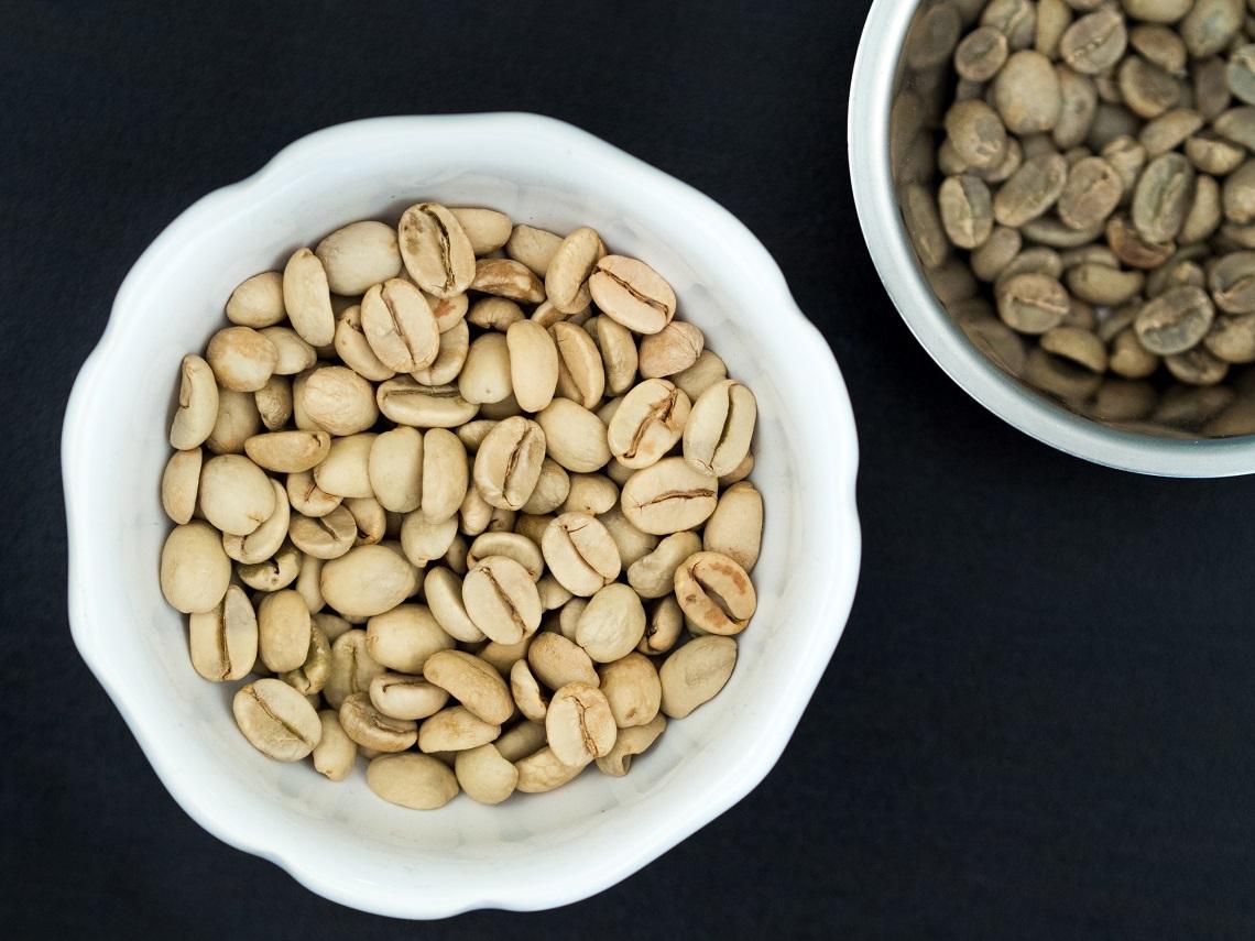 chicchi gialli di caffè indiano con metodo moonsonato