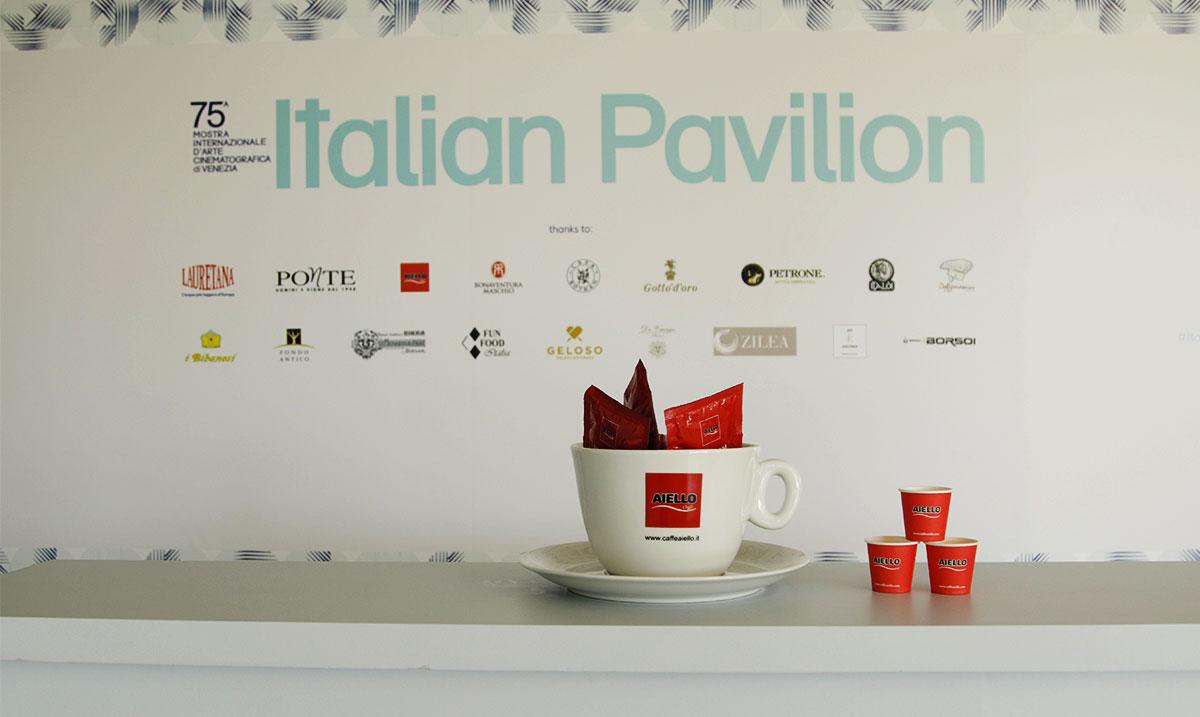 Caffè Aiello mostra arte cinematografica Venezia