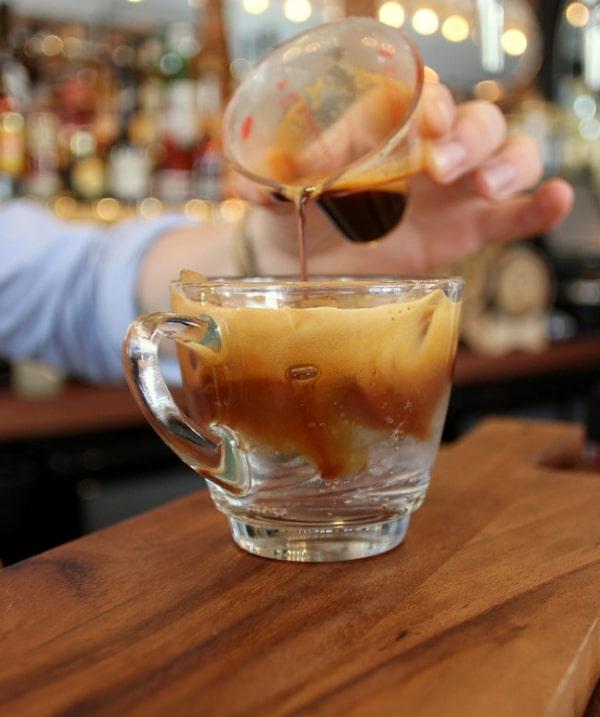 Espresso Tonic, caffè preferito dalla Generazione Z