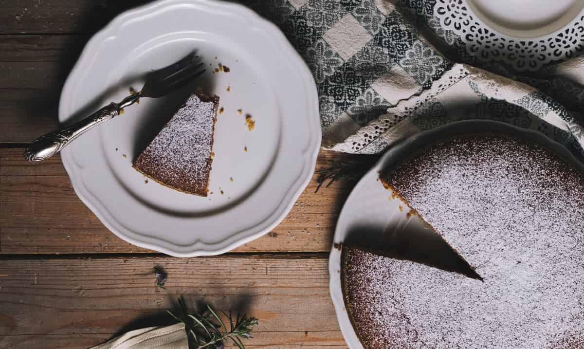 fetta di torta al caffè