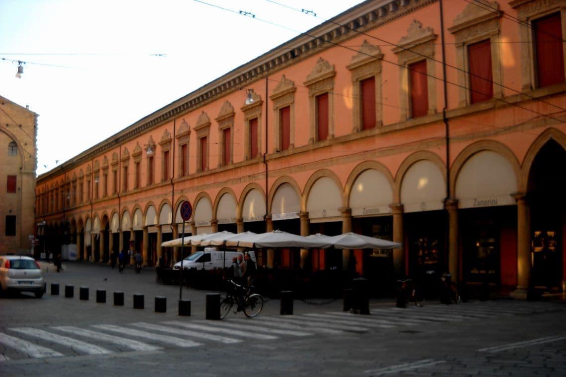 Caffè Zanarini, caffetteria storica di Bologna