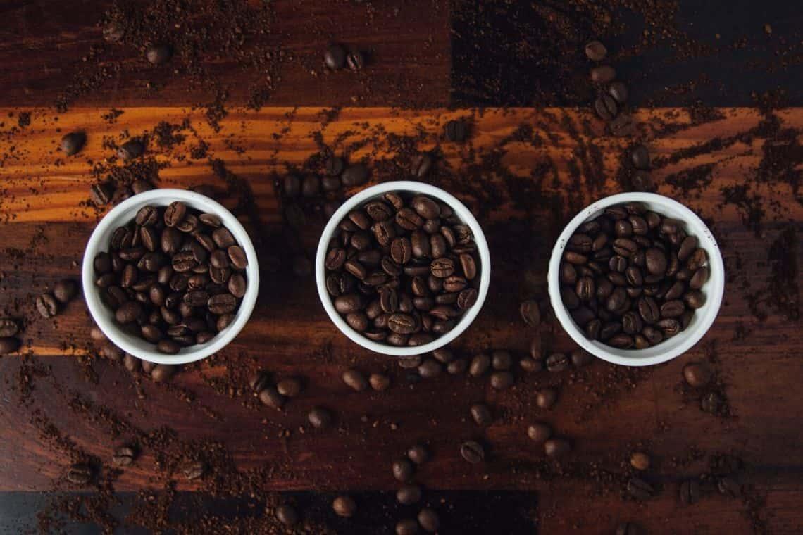 chicchi di caffè arabica e robusta