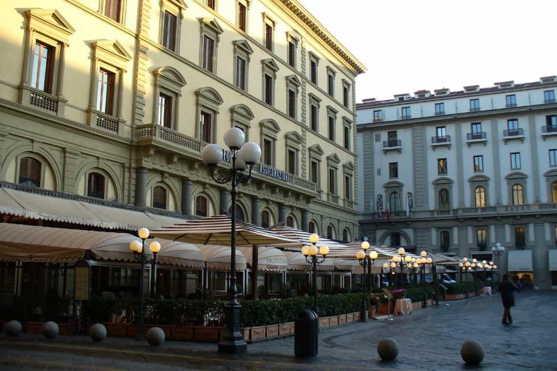 caffetterie storiche di Firenze in Piazza della Repubblica